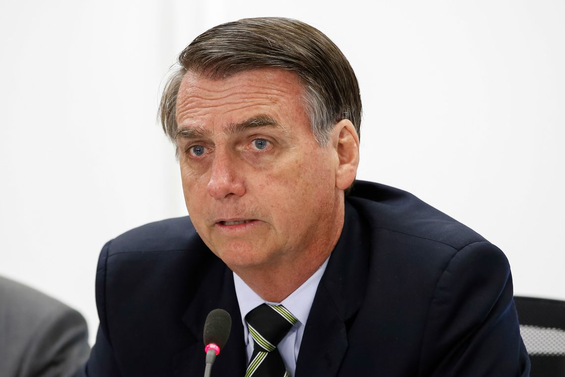 Bolsonaro no Twitter comenta empréstimos do BNDES