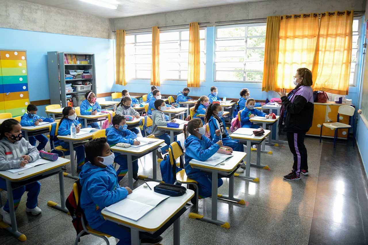 Prefeitura de São Bernardo publica decreto para retorno obrigatório das aulas presenciais