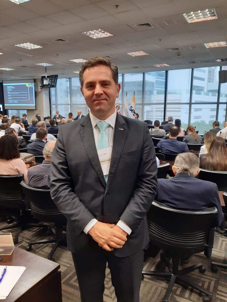 Alexandre Damasio Coelho é presidente da CDLSão Caetano do Sul e advogado