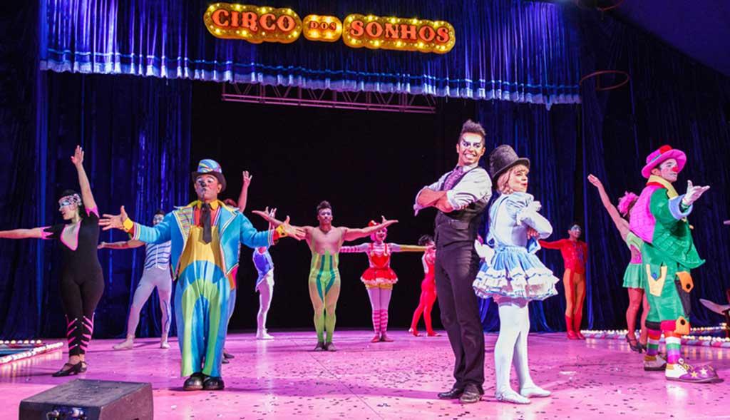 No dia 3 de janeiro, o Circo dos Sonhos, que tem à frente o ator e profissional dedicado à arte circense Marcos Frota, será armado em área particular, ao lado do Carrefour