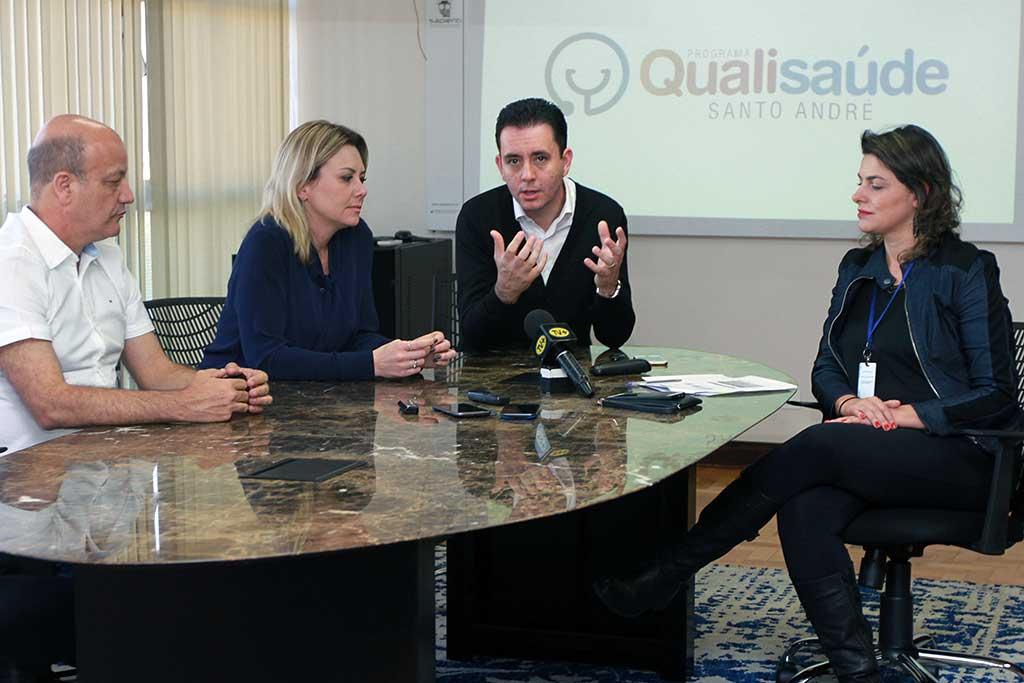 Paulo Serra concede entrevista coletiva sobre o lançamento do programa Qualisaúde