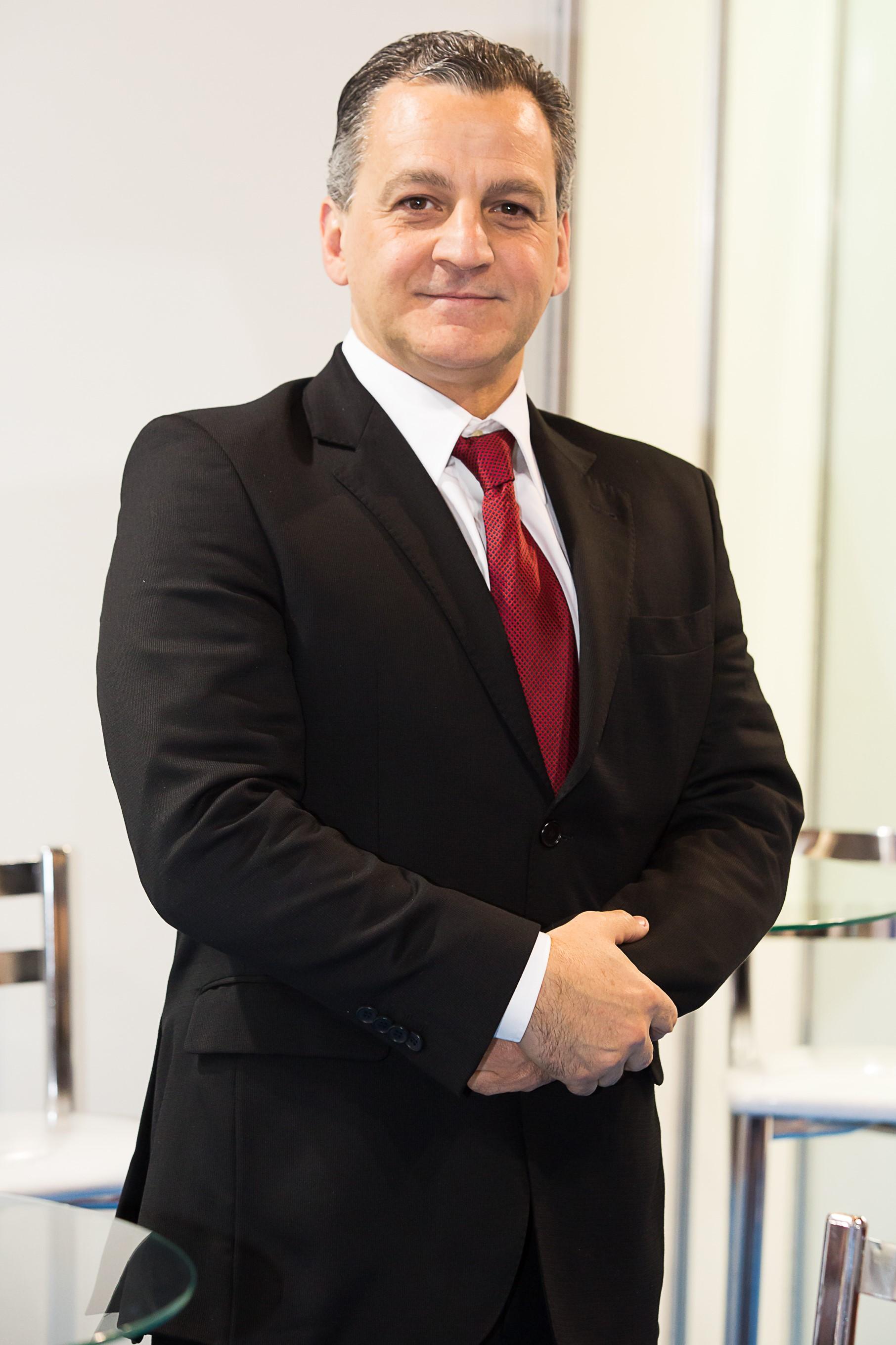 Luiz Roberto Gravina Pladevall é presidente da Apecs