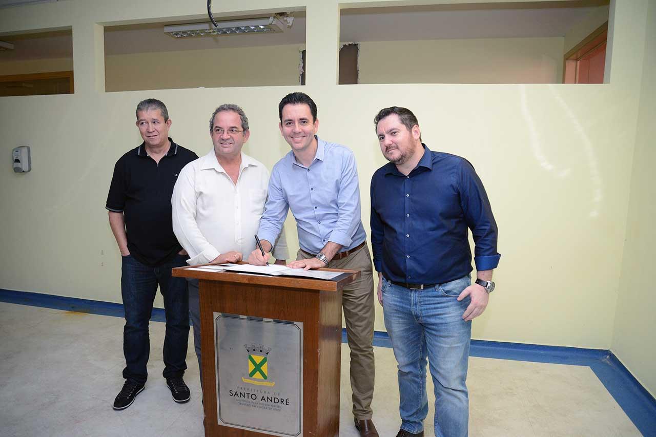 Ordem de serviço para execução das obras foi assinada nesta quinta-feira pelo prefeito Paulo Serra