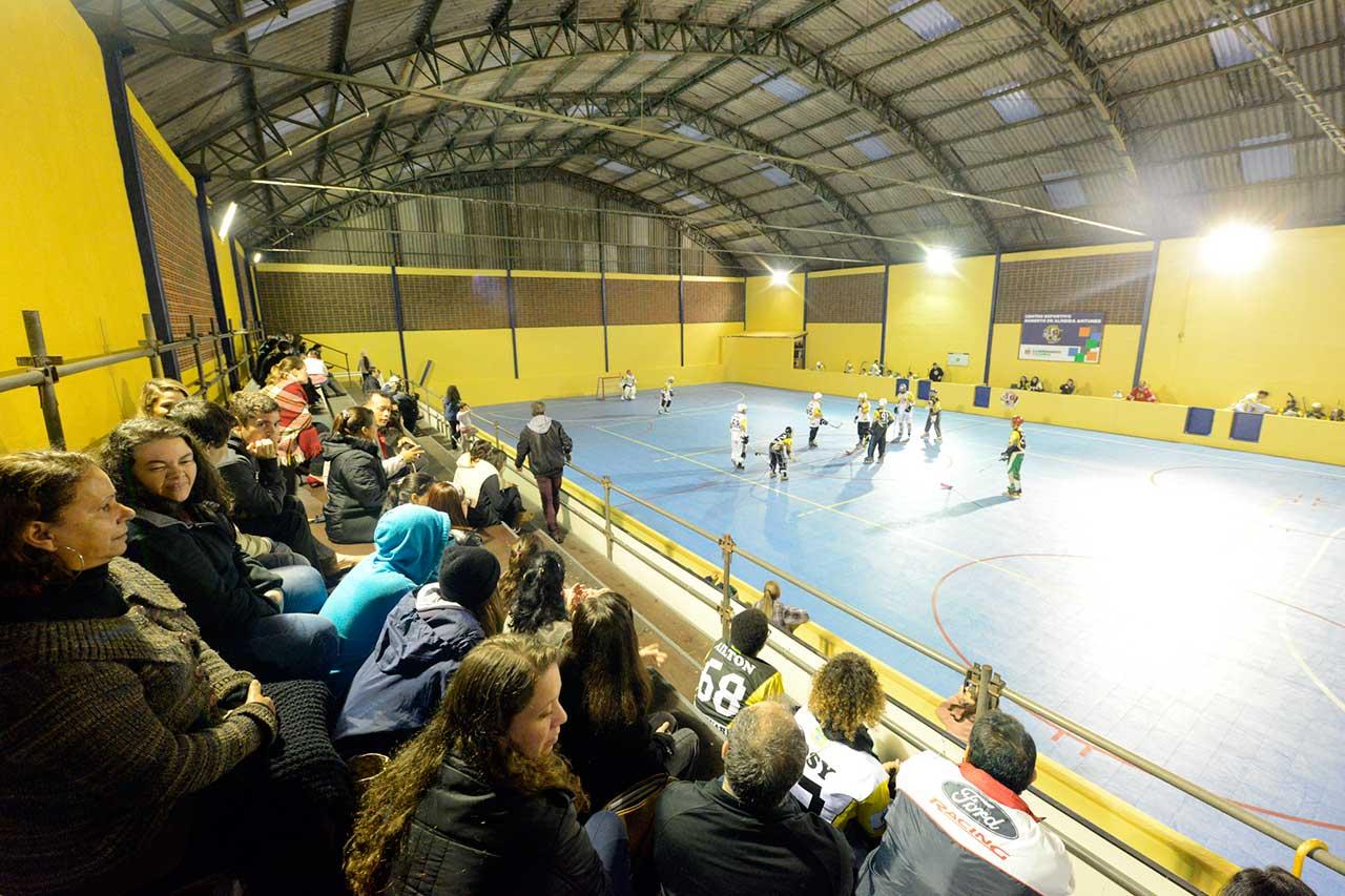 Ato está inserido na programação de aniversário de 465 anos de São Bernardo; espaço ganhou com a reforma um piso especial para a prática de hóquei sobre patins