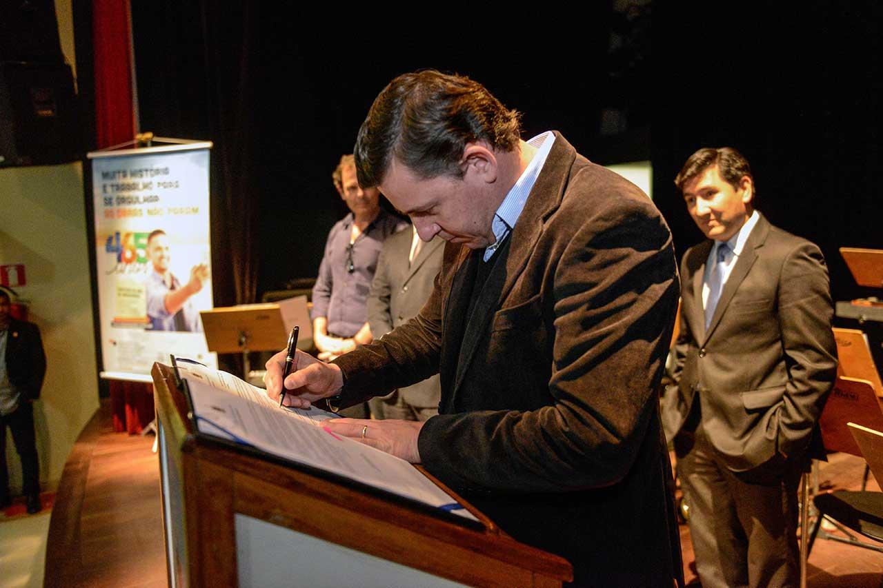 Ato fez parte do calendário de festejos de aniversário e contou com a presença do prefeito Orlando Morando; corporação musical é a mais antiga da cidade, com 94 anos de existência