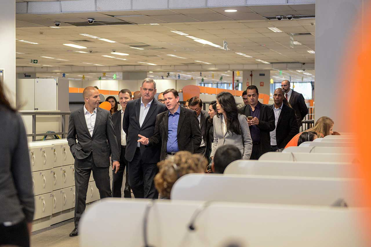 Prefeito Orlando Morando realizou visita à unidade da Atento, especializada em call center e atendimento ao cliente