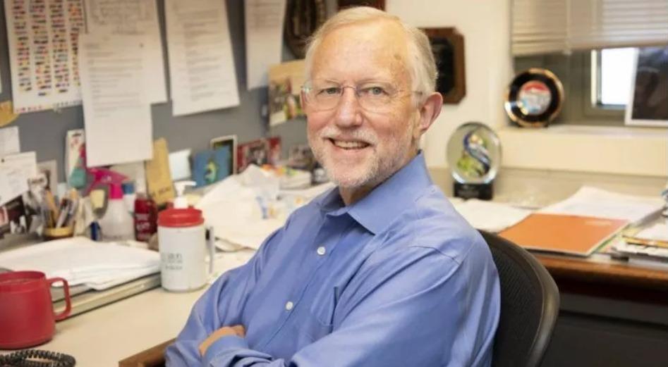 virologista americano Charles Rice, que venceu o prêmio em 2020