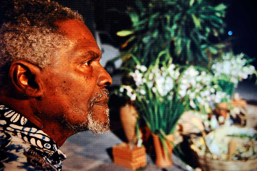 O cineasta Zózimo Bulbul, que completaria 80 anos em 2017 e dá nome ao festival, é homenageado no Encontro de Cinema Negro