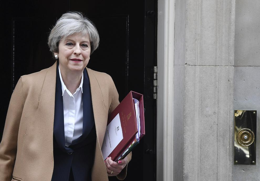 Theresa May disse que está preparada para deixar a mesa de negociações sem um acordo se não gostar dos termos propostos pela UE