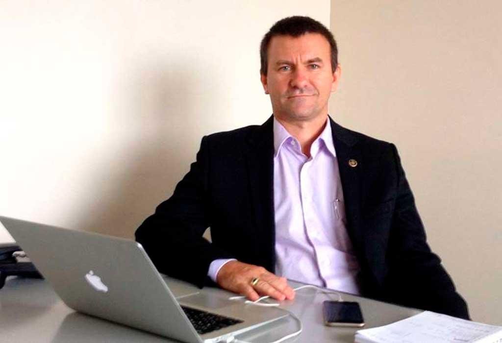 Adão Lopes é mestre em tecnologia e negócios eletrônicos e CEO da Varitus Brasil