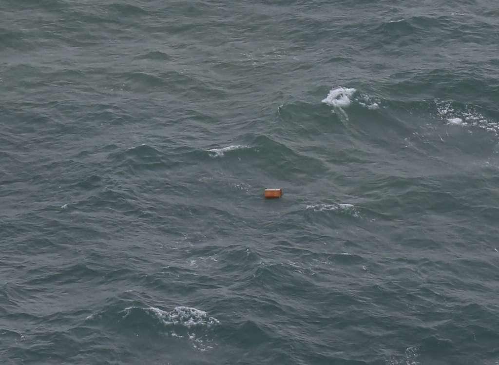 Objetos e corpos foram encontrados a 10 quilômetros do local em que houve a última comunicação com a aeronave