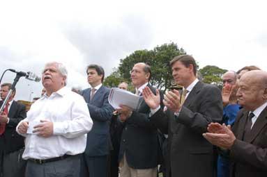 Governador falou também sobre a construção de viaduto na via Anchieta e abertura de nova delegacia na região do Alvarenga