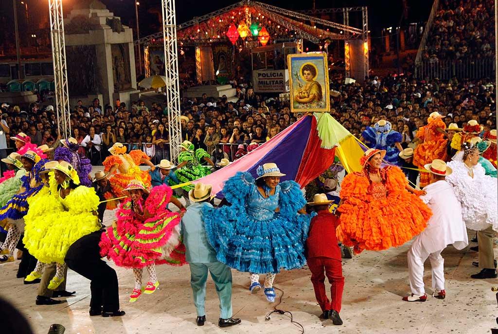 'A festa junina é enraizada na cultura brasileira, que tem o alimento como importante elemento de identidade', diz a historiadora Eliane Morelli Abrahão, da Unicamp
