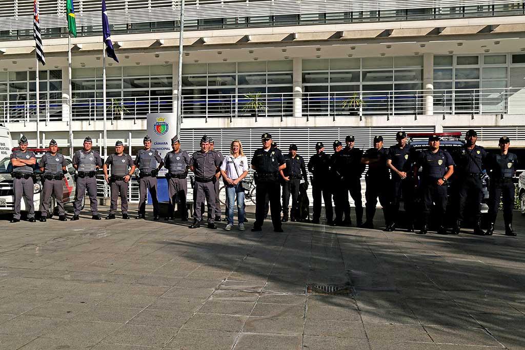 Durante a ação, as forças policias intensificaram rondas nas ruas e avenidas do bairro e bloqueio nas proximidades da Praça Mauá