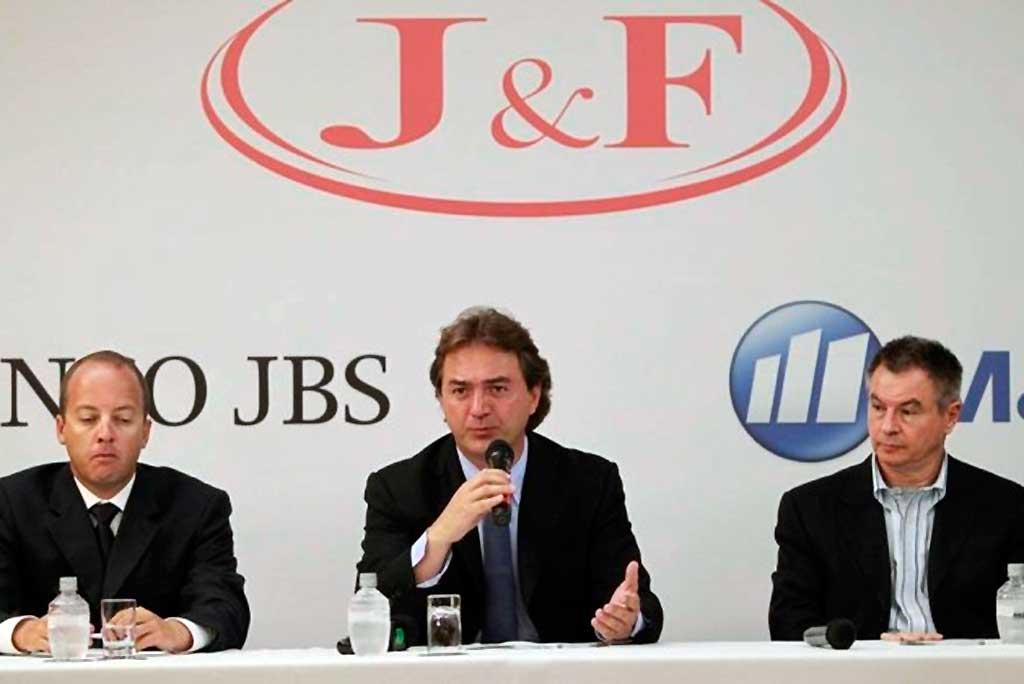 holding J&F