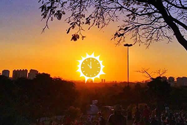 O Palácio do Planalto informou nesta terça-feira (15) que o início do horário de verão será mantido no dia 4 de novembro, cancelando um novo adiamento