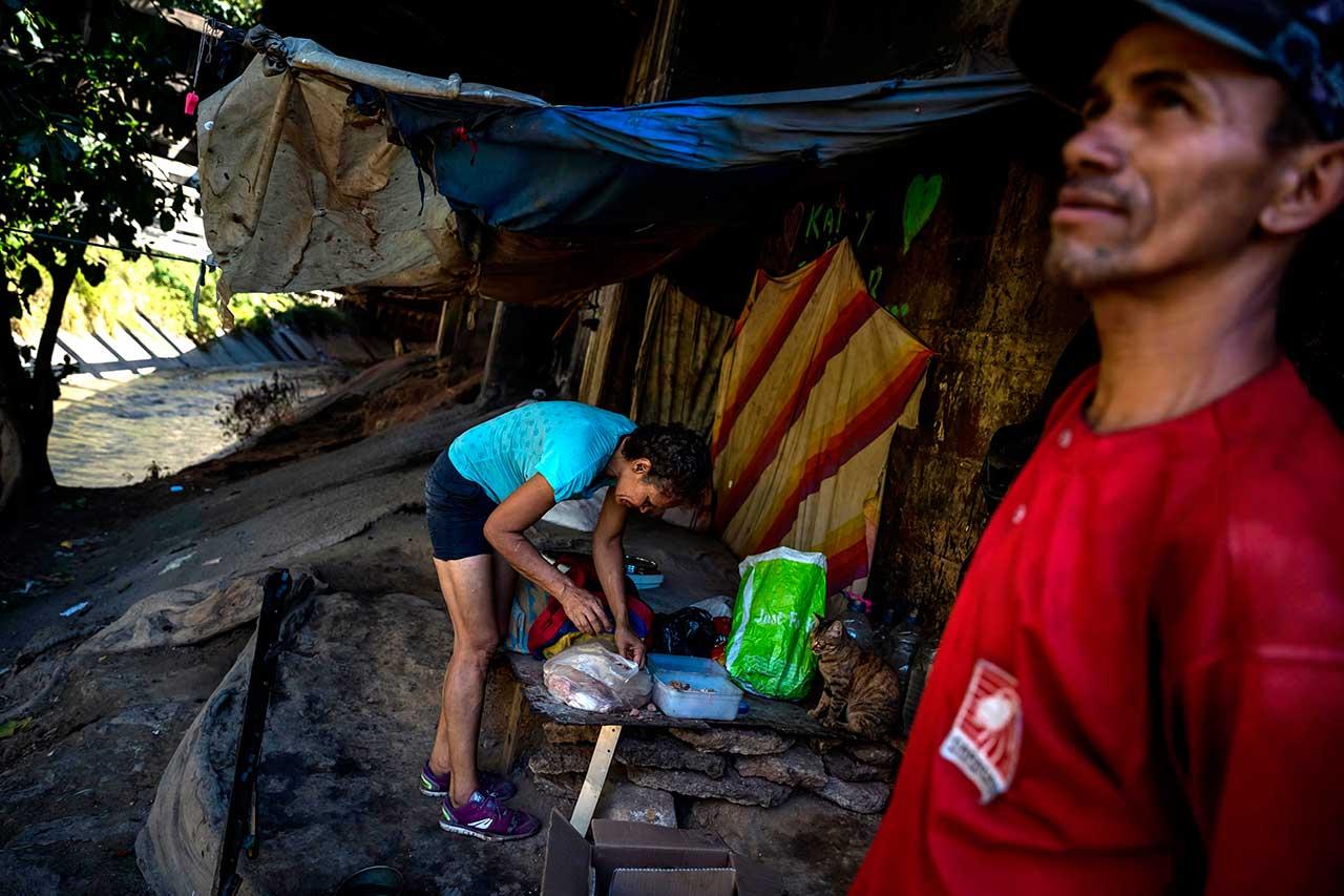 Sem-abrigo na Venezuela, onde metade da população vive em estado de indigência extrema