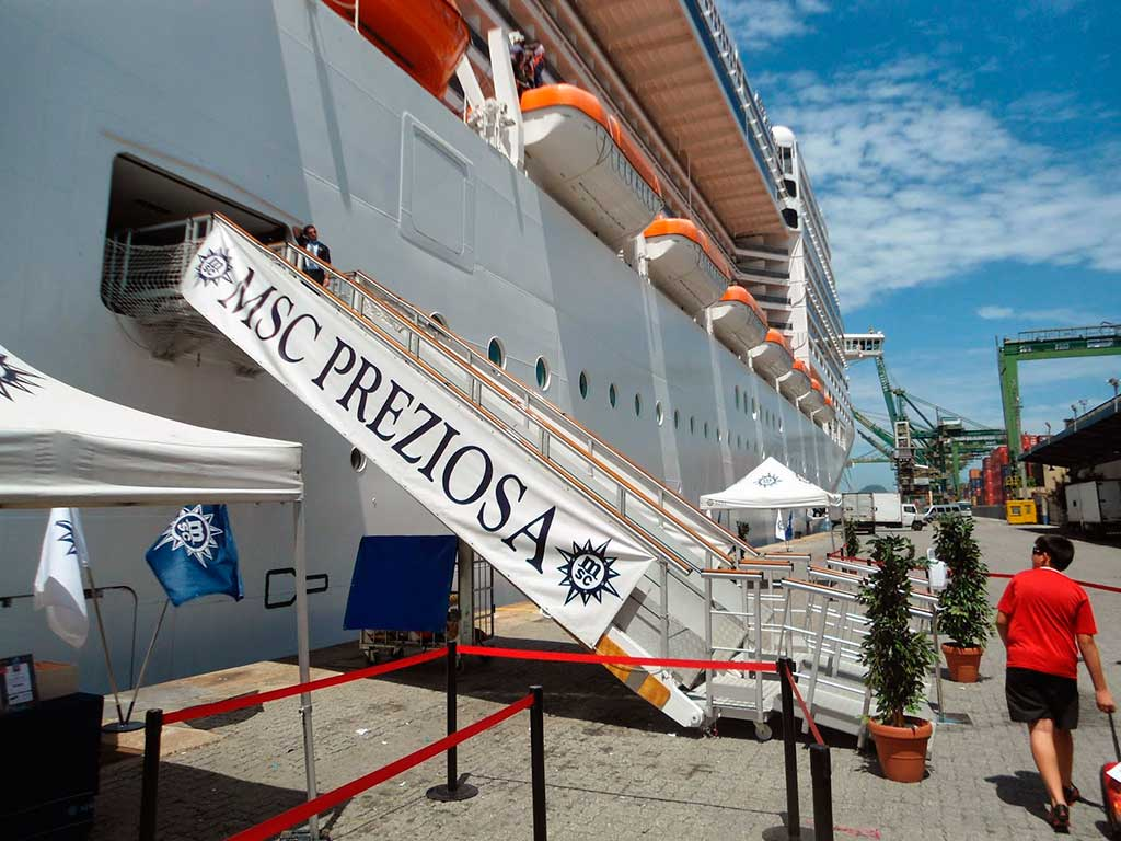 Porto de Santos com MSC Preziosa e Grand Celebration