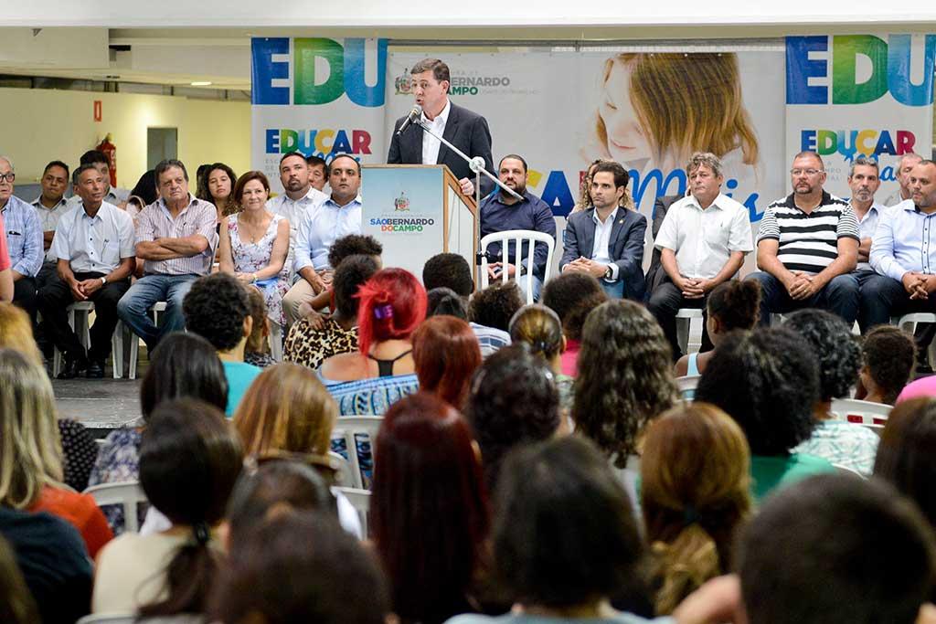 Orlando Morando lança o Programa Educar Mais