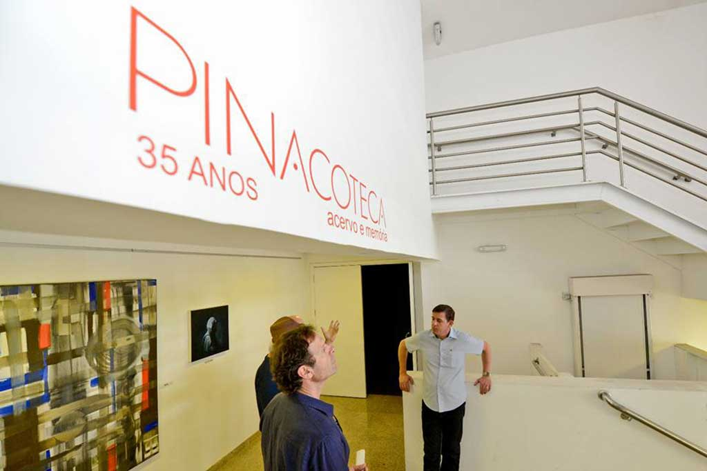 O prefeito Orlando Morando promove vistoria na Pinacoteca da cidade de São Bernardo do Campo