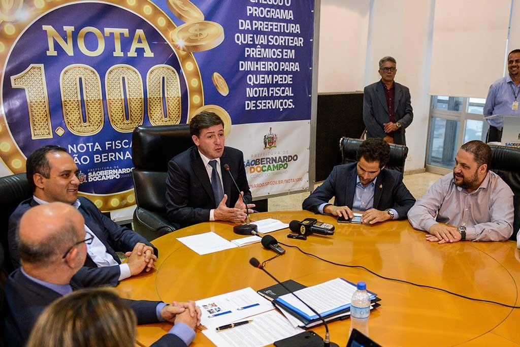 O prefeito Orlando Morando lança o programa 'Nota 1000'