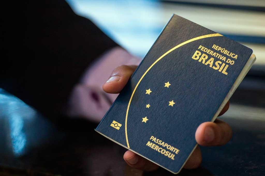 Passaporte comum eletrônico brasileiro tem prazo de validade de 10 anos