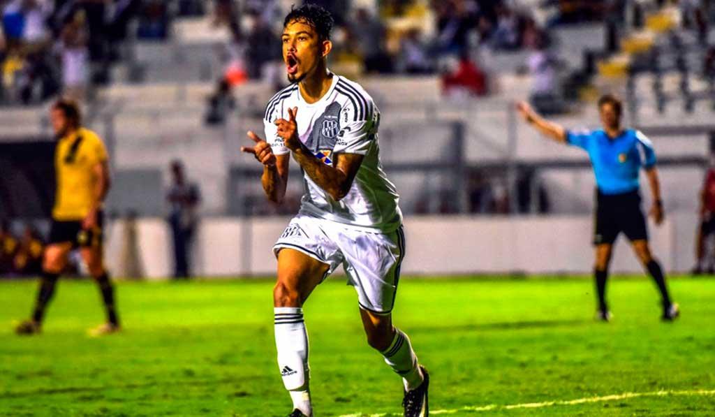 Lucca marca o gol da vitória depois de passe perfeito de Clayson