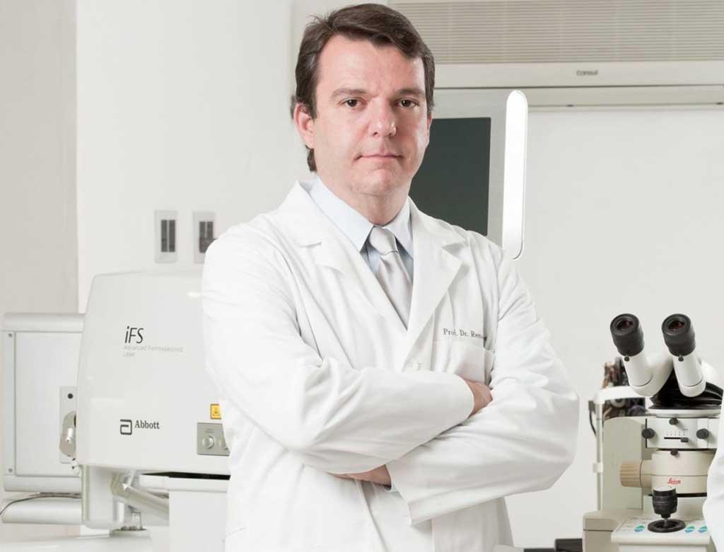 Dr. Renato Augusto Neves