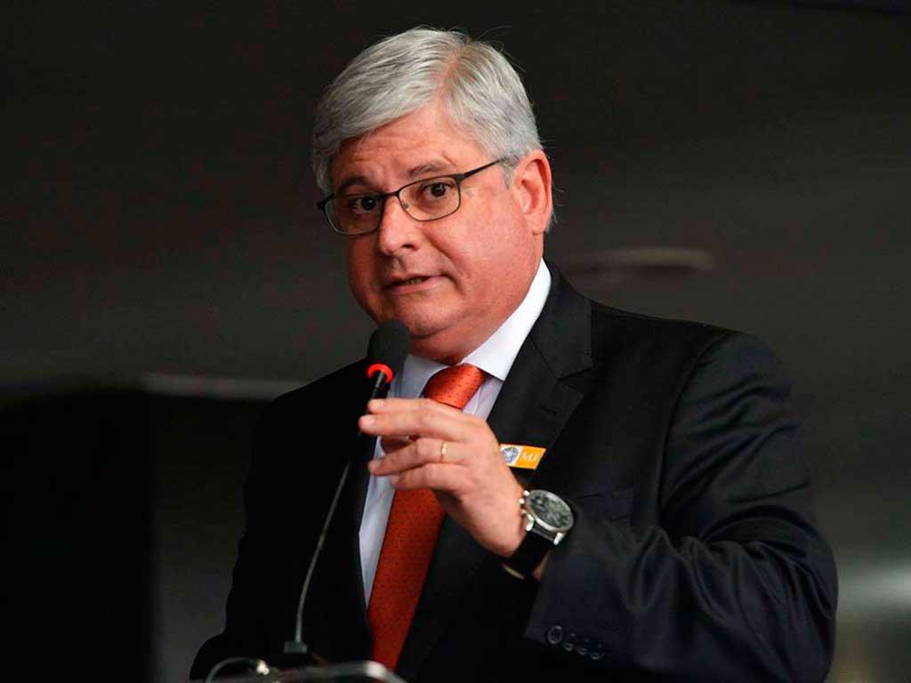 O procurador-geral da República, Rodrigo Janot, começará a trabalhar nos pedidos de investigação contra os políticos e empresários que foram citados nos depoimentos da Odebrecht
