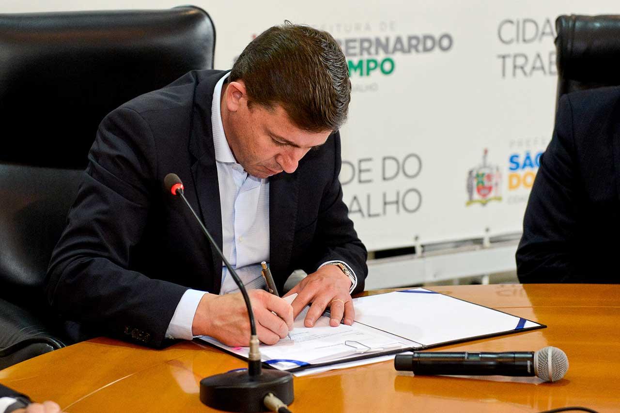 Projeção para próximo exercício representa retração de 5,72% em relação ao orçamento de 2018; prefeito Orlando Morando sancionou Lei para desburocratizar dívida ativa