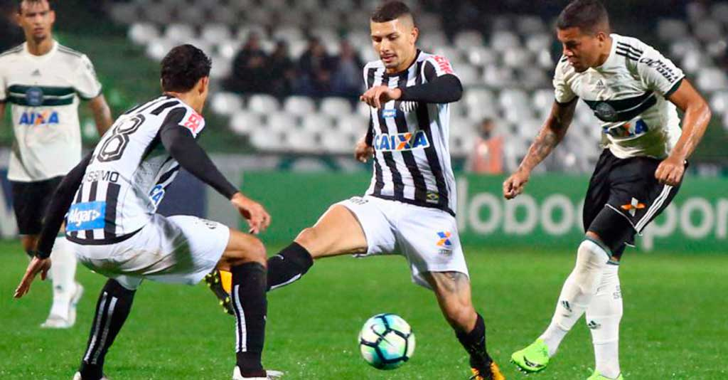 Santos não conseguiu furar a defesa adversária no Couto Pereira