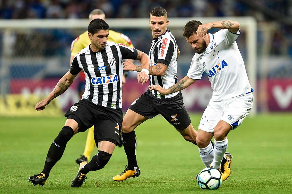 Santos e Cruzeiro não saíram do empate em 1 a 1 no Mineirão