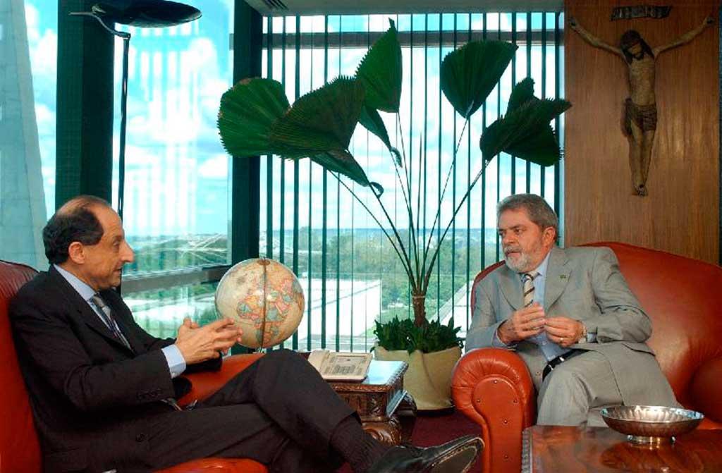 Presidente Luiz Inácio Lula da Silva, recebe o presidente da Federação das Industrias do Estado de São Paulo, Paulo Skaf, no Palácio do Planalto em 04/02/2005