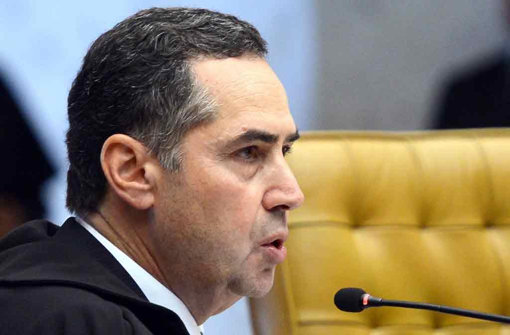 Ministro Luís Roberto Barroso votou para que o ensino religioso nas escolas públicas de todo o país deve ser de forma não confessional