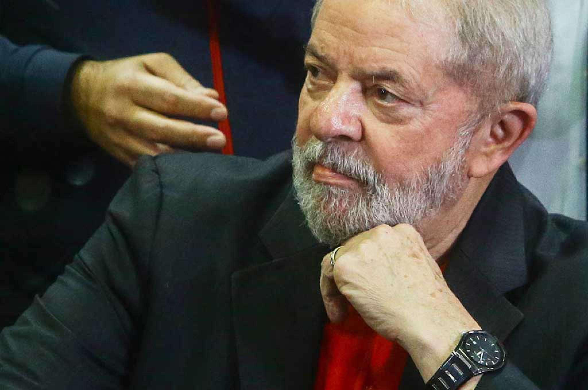 Lula reclamou que reportagem deu a entender que provas usadas por Sergio Moro para condená-lo seriam irrefutáveis