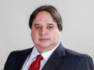 Fabrício Sicchierolli Posocco é advogado, professor universitário e presidente da Comissão de Direito Civil e Processo Civil da OAB Subseção São Vicente