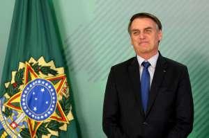 Presidente Jair Bolsonaro segue para Davos na noite deste domingo