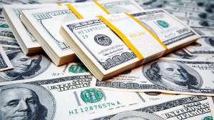 Dolar cai e Bolsa sobe
