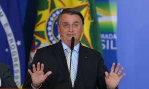Bolsonaro citou relatório falso ao falar sobre número de morte pela covid-19. Relatório falso foi inserido no sistema do TCU e posteriormente usado por Bolsonaro