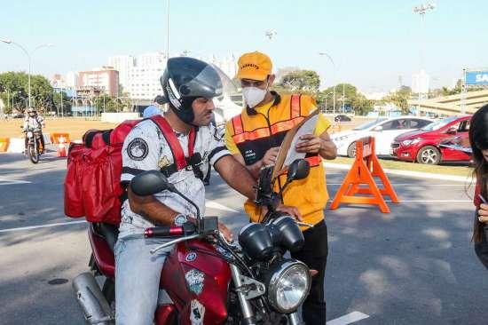 Mês do motociclista - Blitz paço Municipal