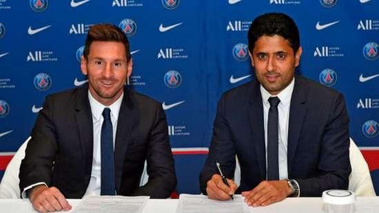 Messi e o presidente do PSG, Nasser Al Khelaifi