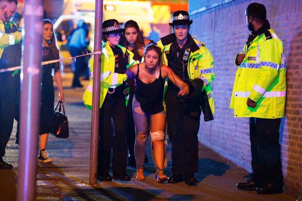 Ataque terrorista mata 22 e deixa mais de 50 feridos durante show de Ariana Grande