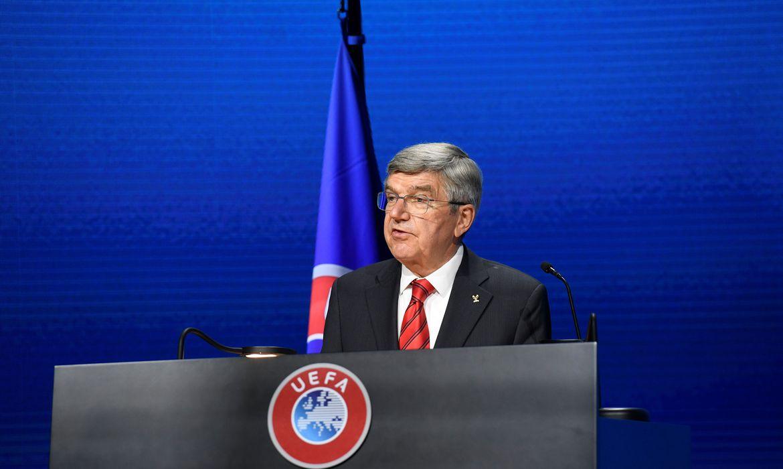 Bach fez referência velada à criação da Superliga em congresso da Uefa